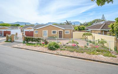 Property For Sale in Bergvliet, Cape Town